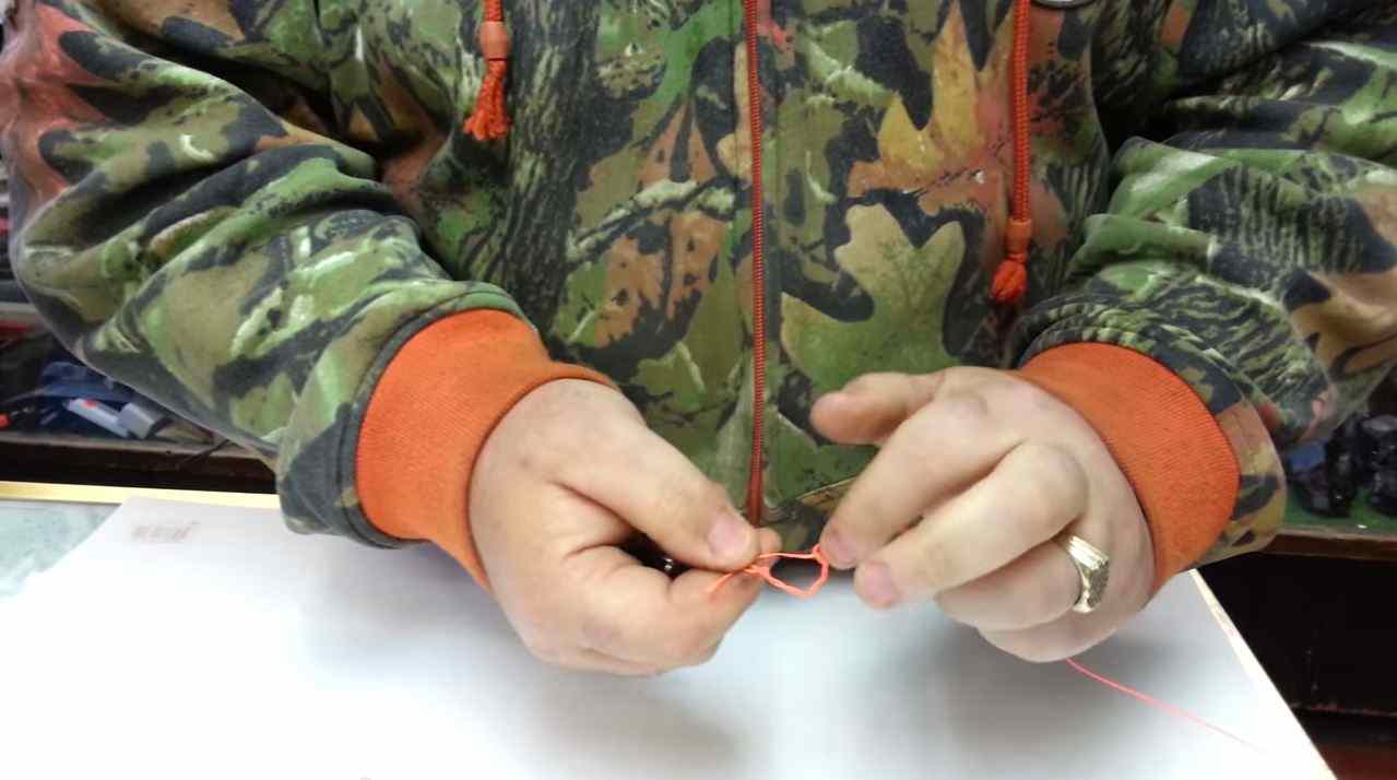 How to tie Fishing Knots for fishing lures and hooks