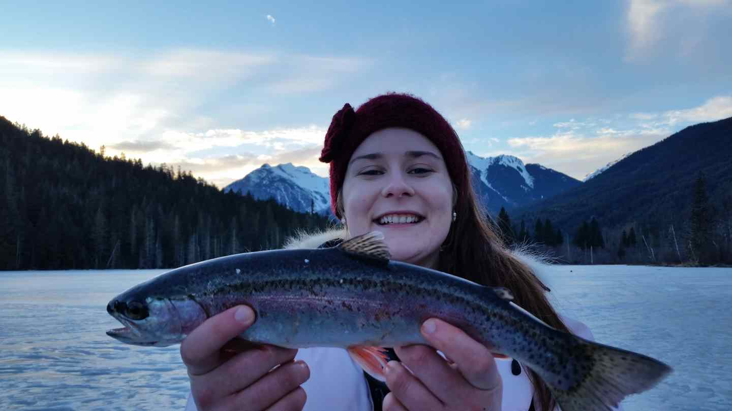 Ice fishing tours and packages in pemberton bc canada for Ice fishing deals
