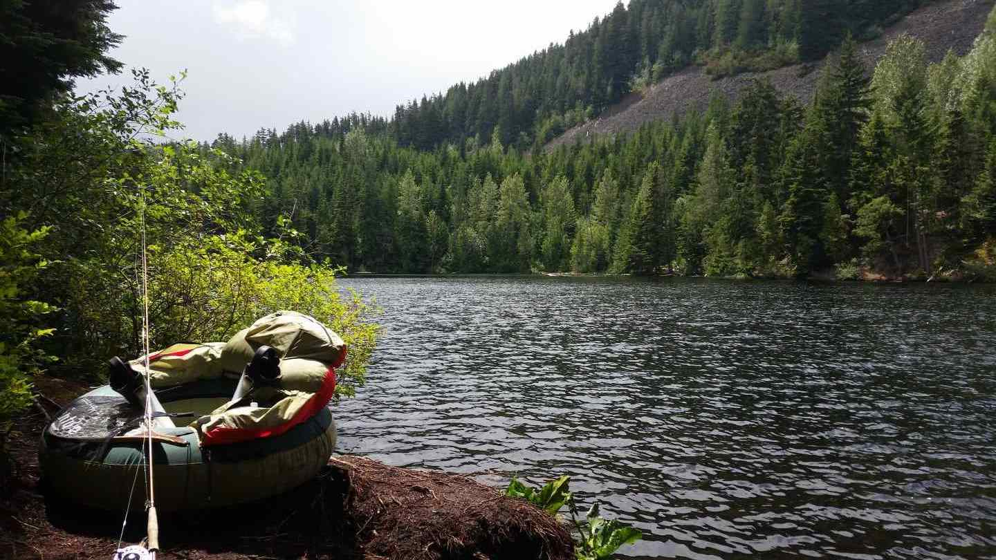 Fly fishing tours in the whistler british columbia area for Take me fishing lake locator
