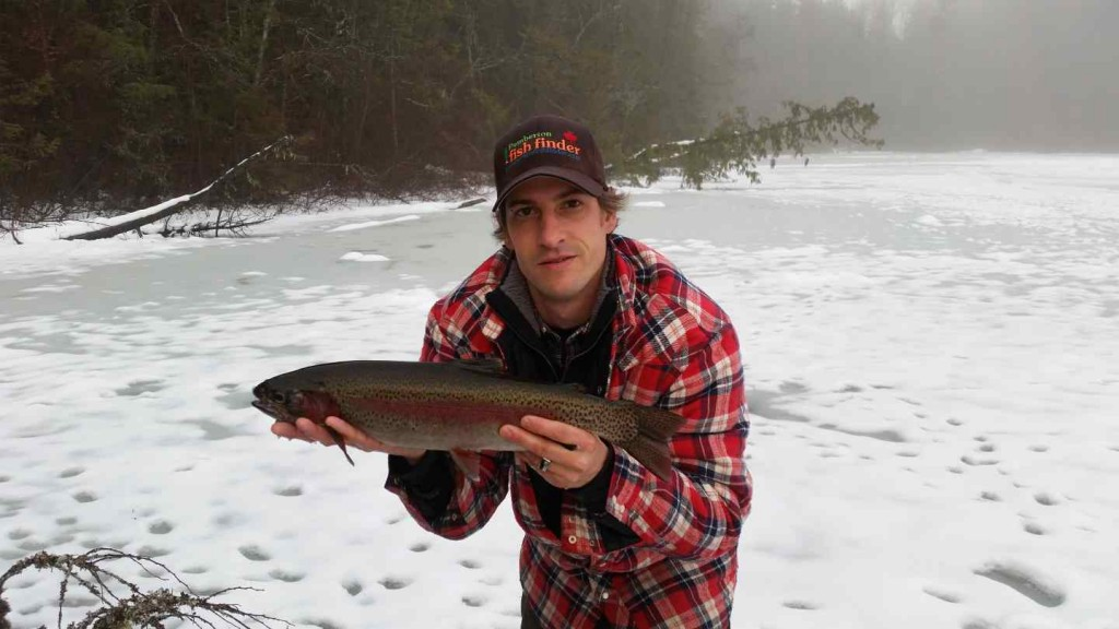 Ice fishing tours in Pemberton BC with the Pemberton Fish Finder