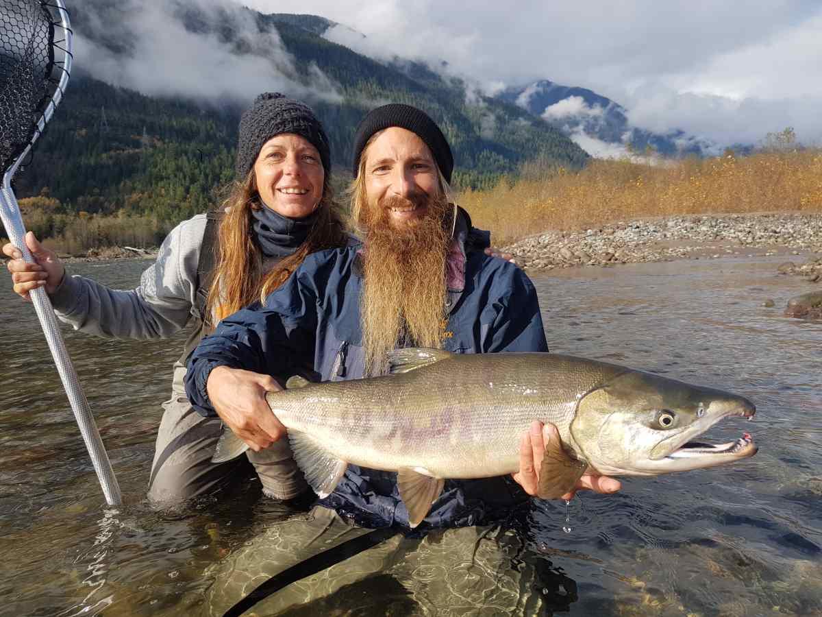 Best salmon fly fishing in canada squamish british columbia for Salmon fishing canada