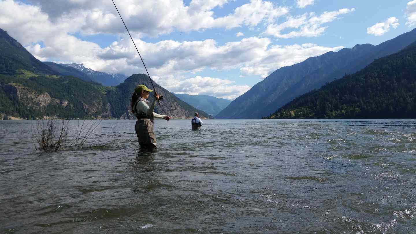 Bc guided fly fishing lodge in pemberton canada for Fly in fishing canada