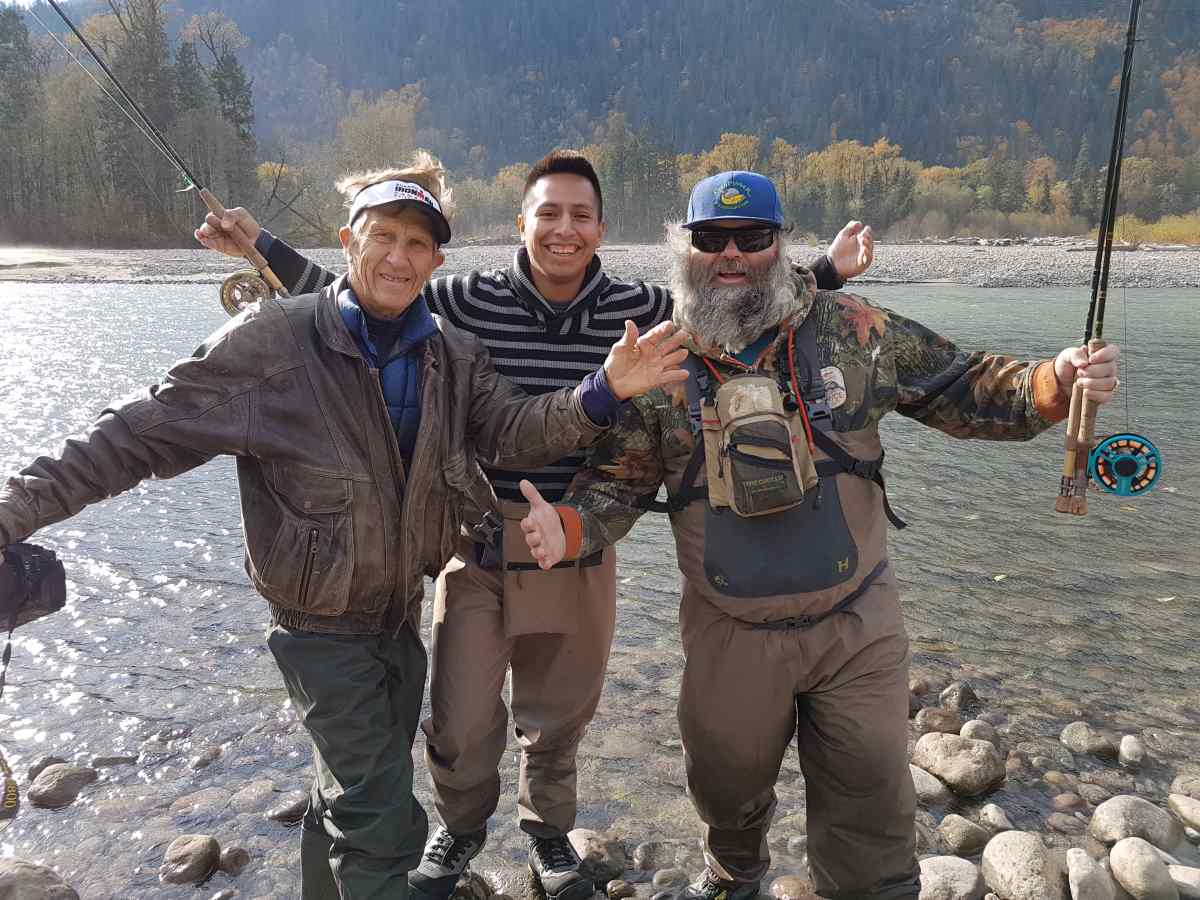 Chum salmon fly fishing trips best in british columbia canada for Fly fishing charters