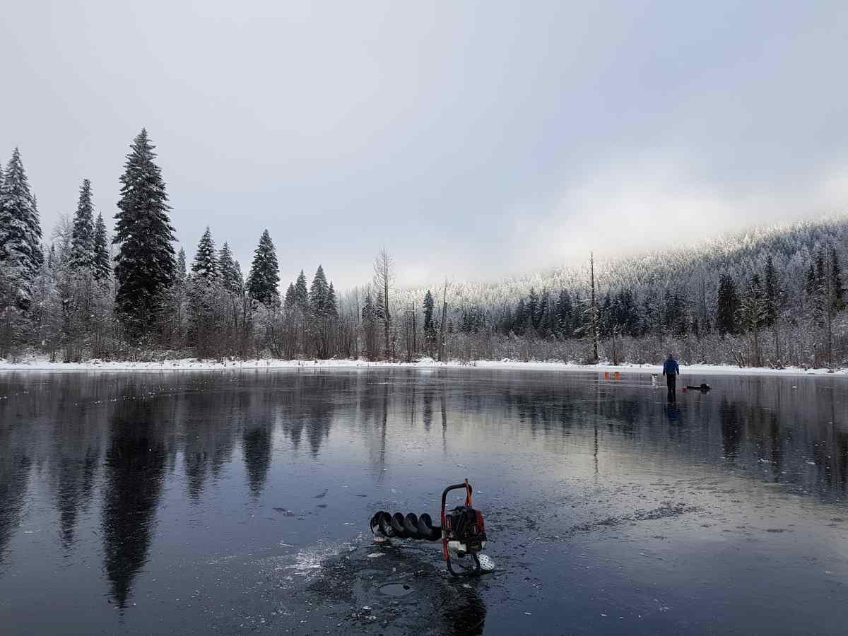 Ice fishing bc bc fishing reports pemberton fish finder for Ice fishing locators