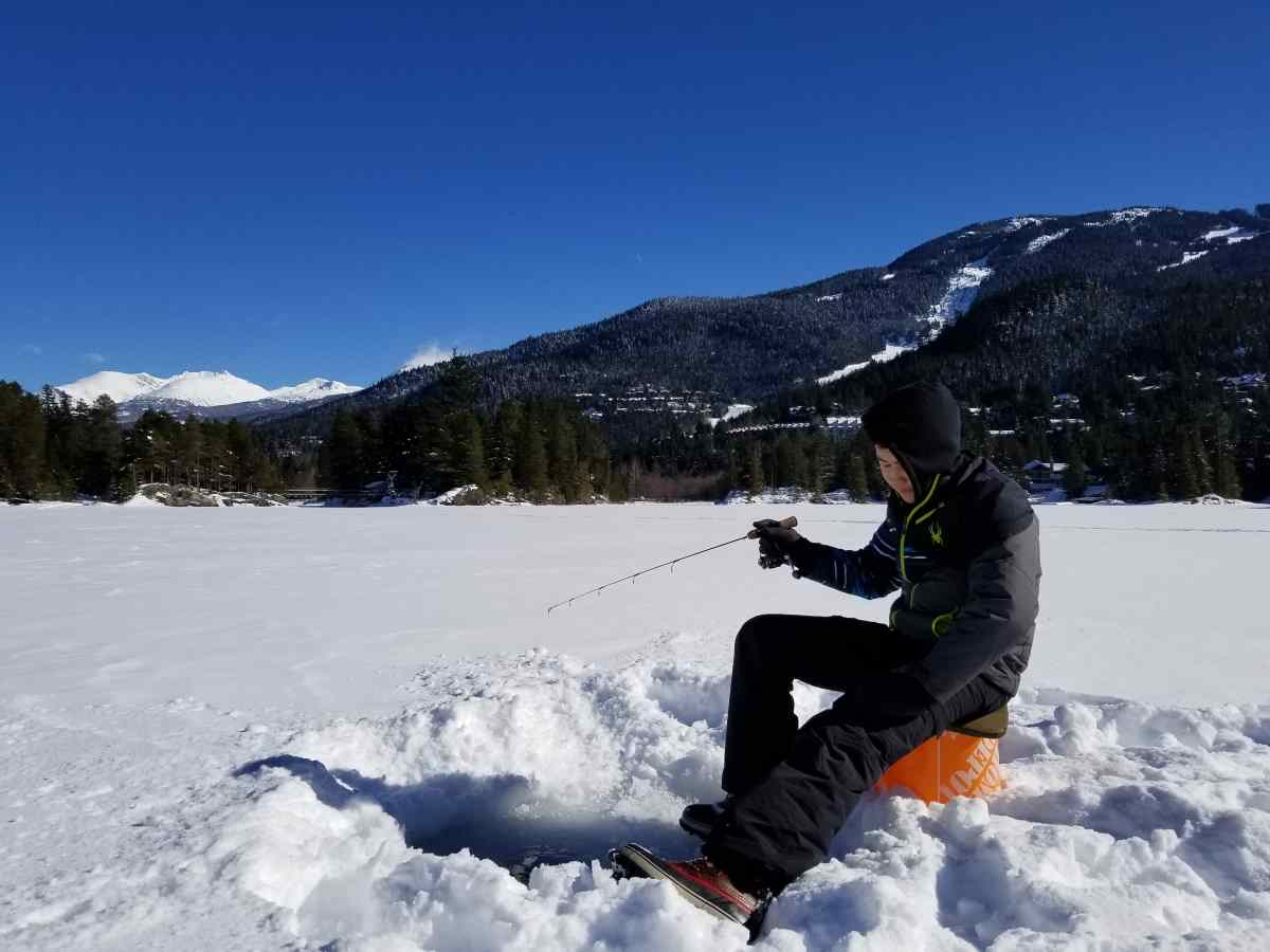 Pemberton an ice fishing destination in british columbia for Ice fishing fish finder