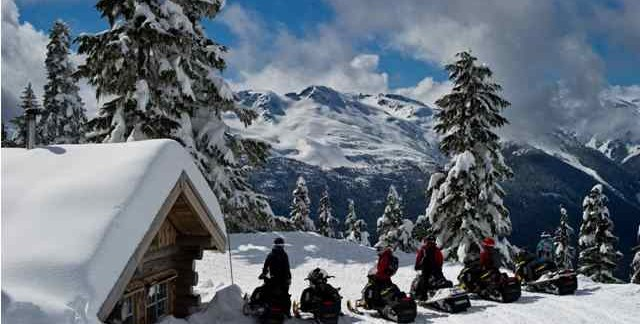 Snowmobile Pemberton BC